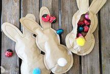 Подарки и украшения к празднику