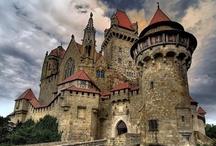 Castles & Châteaus / by Nancy Davis