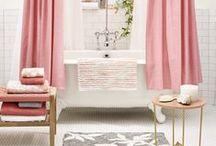 - Badezimmer - / Wie wird mein Badezimmer zur Wohlfühloase? Die schönsten Ideen für die Badezimmereinrichtung, Inspirationen zu Dusche und Badewanne.