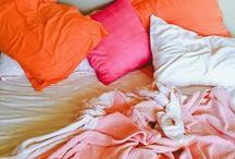 - Schlafzimmer - / Die schönsten Schlafzimmerlösungen, Betten, Bettwäsche und Einrichtungstipps.