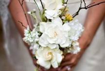 bouquet ideas / by Boho Weddings & Life