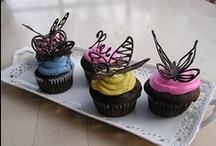 Cup-Cake-Pop / by Elizabeth Betsy Wirkkala