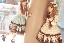 Japanese Lolita Fashion / Board dedicated to my love for Japanese lolita fashion!