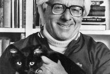 Writers: Ray Bradbury / by Little Gothic Horrors