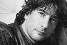 Writers: Neil Gaiman / by Little Gothic Horrors
