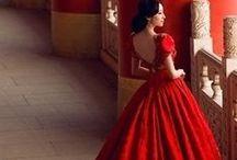 Alternative wedding dresses in RED / Red wedding dresses