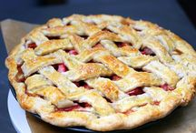 Of Crust and Crumb / Crostatas, galettes, pies, buckles, cobblers, and tarts
