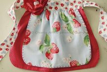 Sewing aprons and pot holders