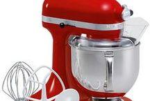 Kitchen aid mixer / by Jane Supenski