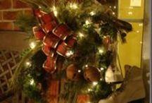 DIY Christmas Sleds... / by Julie Sturtevant