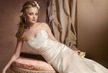 Wedding Dress / by Depp Aaron