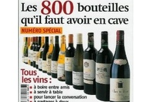 *La  Revue du vin de France (années 2000) / L'un de ces magazines vous intéresse ? Pour en savoir plus, cliquez dessus. Deux fois.