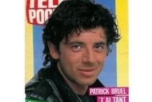 Patrick Bruel / L'un de ces magazines vous intéresse ? Pour en savoir plus, cliquez dessus. Deux fois.