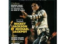 Michael Jackson / L'un de ces magazines vous intéresse ? Pour en savoir plus, cliquez dessus. Deux fois.