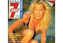 Ophélie Winter / L'un de ces magazines vous intéresse ? Pour en savoir plus, cliquez dessus. Deux fois.