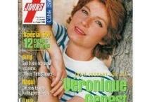 Véronique Genest / L'un de ces magazines vous intéresse ? Pour en savoir plus, cliquez dessus. Deux fois.