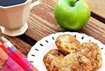 Apple - Cookies / by Terrea