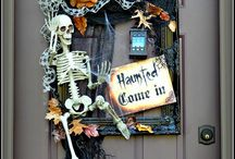 Halloween Crafts & Decor / DIY halloween crafts and decorations for home and yard. HALLOWEEN / HALLOWEEN PARTY /HAUNTED HOUSE / DIY / CRAFTS