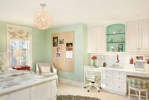 Bedroom / by Teresa Pereira