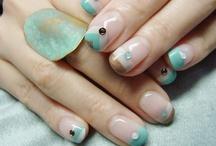 nails / by Marisa Sasa