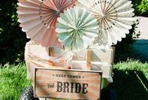 Carnival Wedding Ideas / How fun would a carnival themed wedding with a vintage twist be!