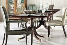 DINING ROOM / We have many suppliers that manufacture the best dining tables and chairs. You can combine styles to make it yours and add the perfect chandelier and enjoy a made to measure mood.