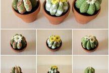 CACTUS DE TELA/CACTUS DE ROBA_lArOBA / Cactus de tela confeccionados a mano, hay diferentes modelos y tamaños y todos van en un tiento de barro.