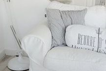 .living room. white & shabby.
