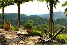 Umbria / Located in the heart of Central Italy between Lazio, Le Marche, Abruzzi, and Tuscany, Umbria is home to beautiful medieval towns, breathtaking scenery, and excellent local food and wines.