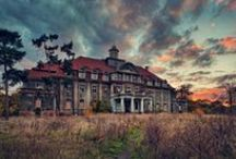 I <3 Abandoned Places!!! / by Nicole Justus