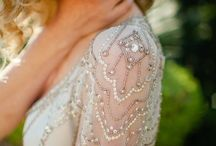W e d d i n g s / All things wedding related, beautiful flowers, dream dresses, amazing tablescapes!!!