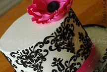 Cake Designs / by Alicia Coffman Quenemoen