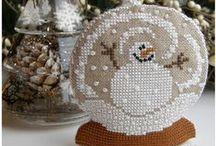 Vinter dekorasjon / Vinteren er herlig med sin hvite snø og iskrystaller.