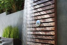 Outdoor Showers / by Juliana Catlin