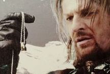 Boromir: Captain of the White Tower / For Aragorn, Faramir, Bard, Eomer, Theoden, or other Men of Middle Earth pins see their individual boards.