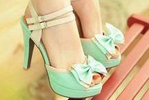 Shoes / by Danielle Duarte