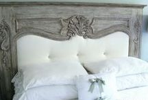 Reusing Salvaged Moulding & Trim / Easy to reuse and fun projects with reclaimed moulding (molding) and trim.