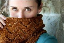 Knit-Purl-Knit - Scarves, Infinity & Cowls / knitting patterns for scarves, infinity scarves & cowls / by Lollie - Fortuitous Housewife
