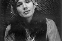 Mary Ellen Mark Photographs