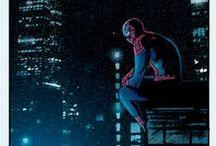 With great Power comes great Responsibility / Todo mundo adora o Homem-Aranha. Por salvar pessoas, pelos seus poderes espetaculares ... Mas poucos admiram o homem por trás da máscara. Alguém que mesmo com tantos problemas, continua seguindo em frente.
