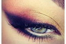 Makeup / by Miz250