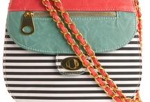 accessories / by Sara Passamonti Colmenares