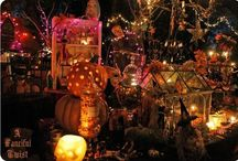 House of Horrors  / Haunted House and Halloween Party Ideas / by Amanda Calabro