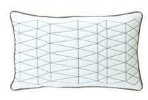 #dutchdesign pillows / Nederlandse ontwerpers ontworpen kussens om je bed of lounge bank te versieren en lekker te chillen | Holland Art Kissen zum dekorieren Ihres Bett, Couch oder Bank bestellen Sie online bei Holland Design & Gifts