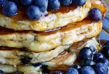 Pancakes & Toast, No Tossers Here! / Pancakes, French Toast, Crepes, Waffles, and more...