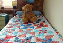 Pinwheels / Examples of quilts that are made of patchwork pinwheels. Perfect for children's quilts.