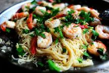 Scrumptious Seafood Recipes / Fish, shrimp, lobster, scallops and more scrumptious seafood recipes to liven up your dinners!
