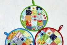 For the Kitchen / Sewing and quilting projects that revolve around the kitchen space and function. Gift ideas too.