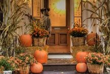 Seasonal Entry and Tablescapes / Seasonal Decorating Ideas