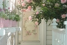 Shabby Chic & Cottage Style / Wonderful soft colors and comfortable living!